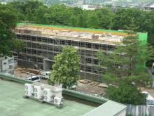 建設中の寄宿舎