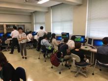 情報システム学科の模擬授業の様子
